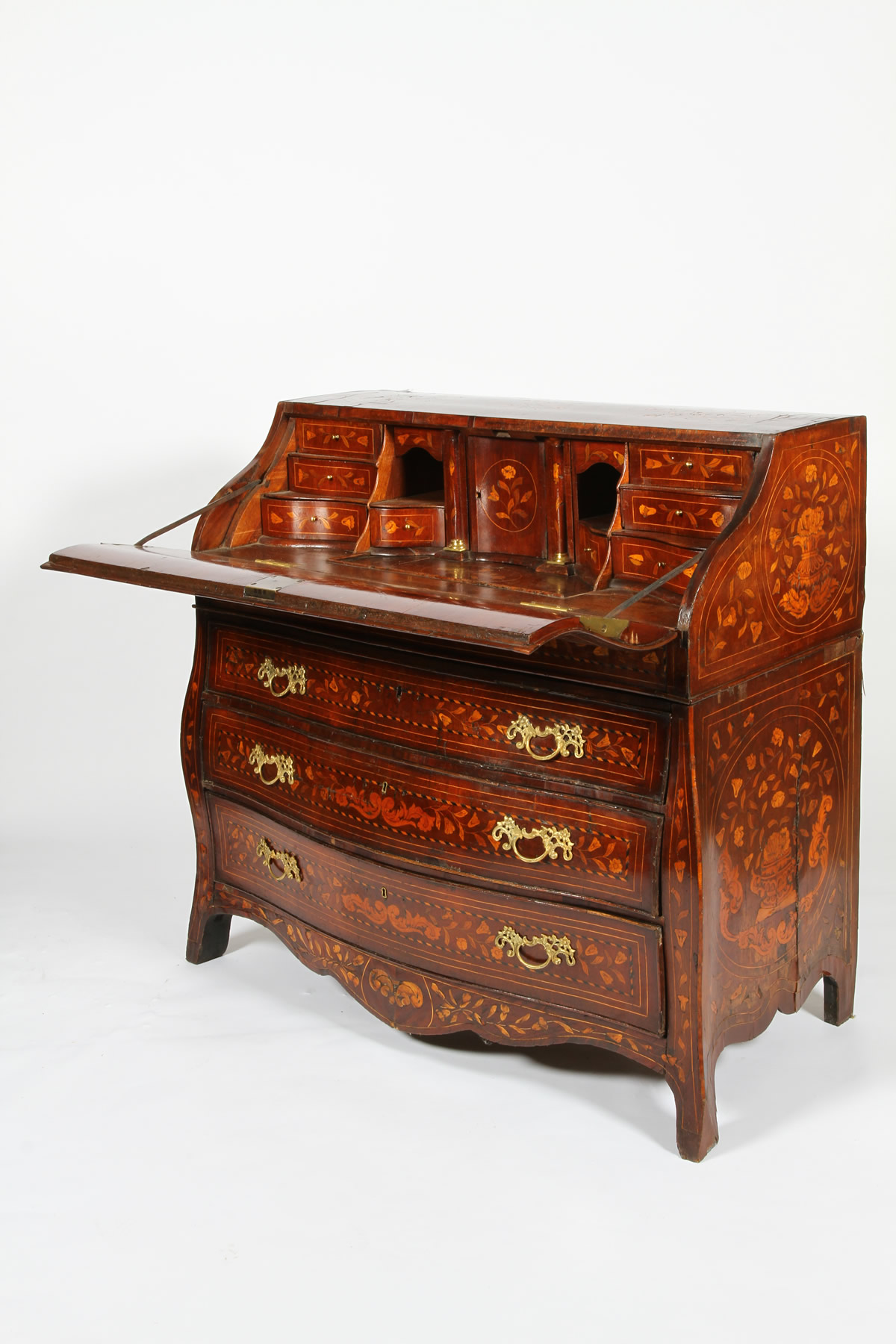 18th Century dutch bureau sold £3600.jpg