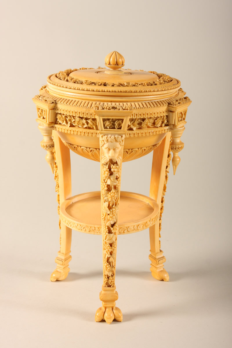 Ivory Jewellery Casket, Sold £3500.jpg