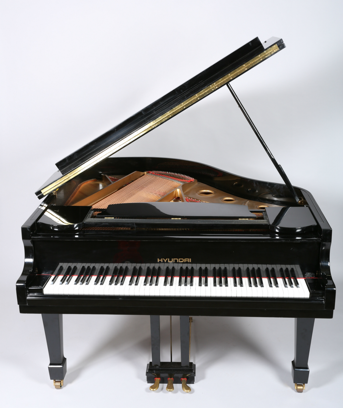 Blutuner grand piano, sold £1000