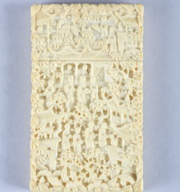 Cantonese carved ivory card case, sold for £420