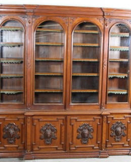 A magnificent oak breakfront bookcase, Sold £2,200