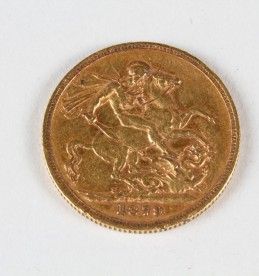 Victorian gold sovereign, Sold £225.jpg