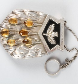 Boxed Victorian silver ladies evening purse, Sold £750.jpg